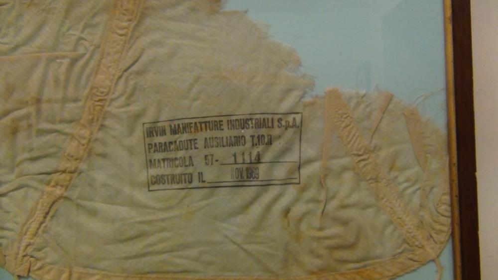 Pisa: Frame da il Museo della Folgore,  accanto all'ingresso del CAPAR (Smipar) (2/6)